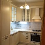 Люстра на кухне в стиле классики