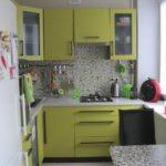 Кухонный фартук из керамической мозаики