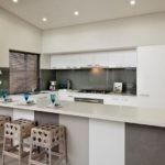 Дизайн кухни в серых оттенках