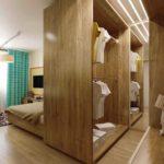 Шкаф в роли разделителя пространства