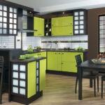 Комбинация лайма и венге для угловой кухонной мебели