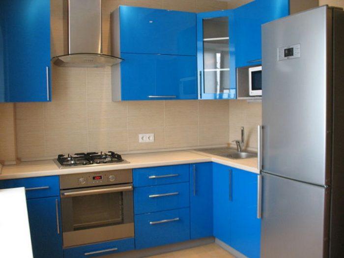 Синий гарнитур в стиле минимализма
