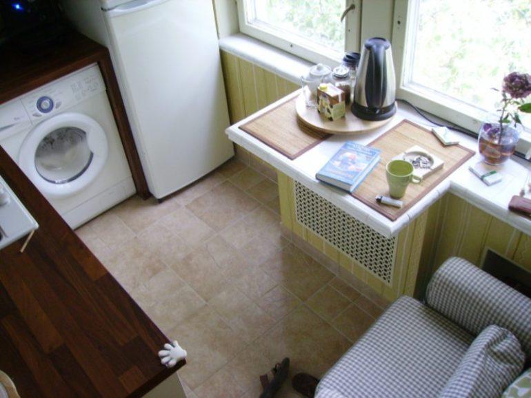 Обустройство места для приема пищи на кухне в хрущевке