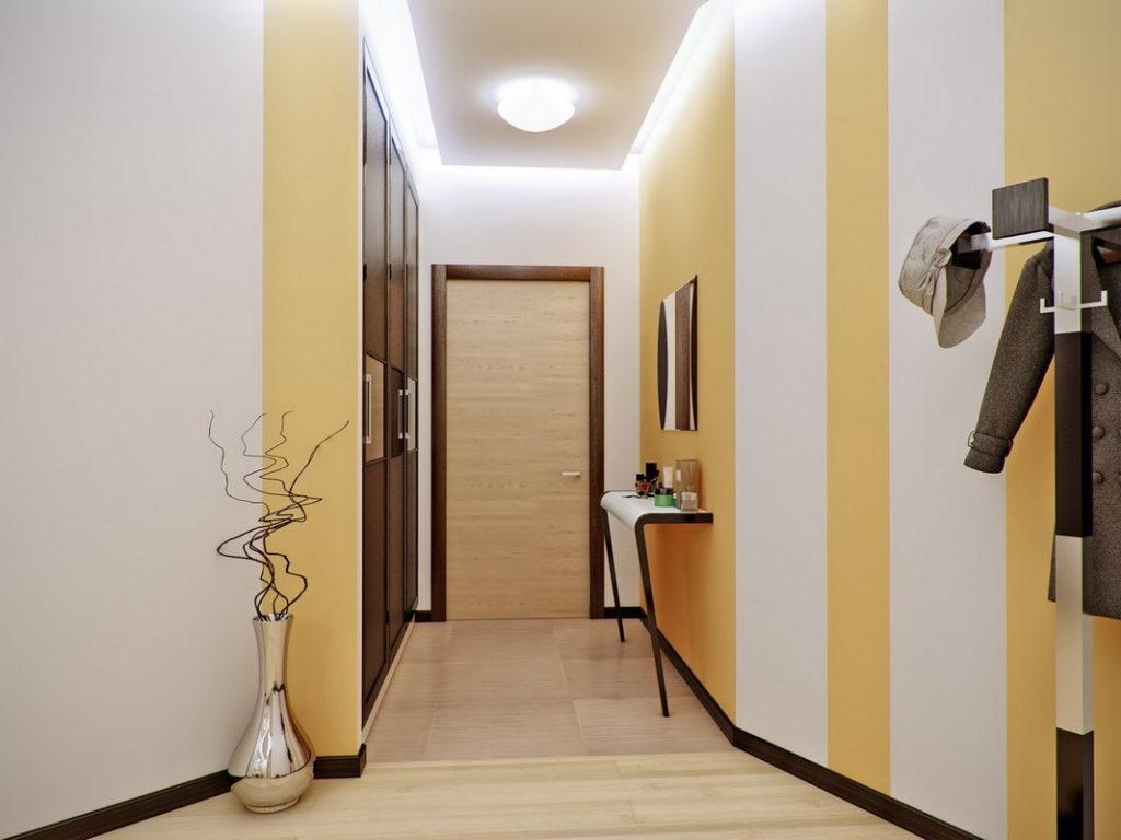 Яркий свет в узком коридоре