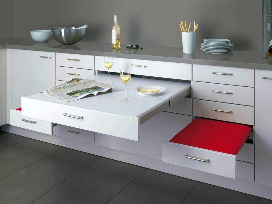Выдвижная мебель для маленькой кухни